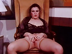 Curvy Cougar Jerk Off Encouragement - JOE