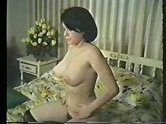 SUPER 8mm LOOPS VINTAGE CLASSIC TEENAGE GIRLS 011 - by AdultVideoBox